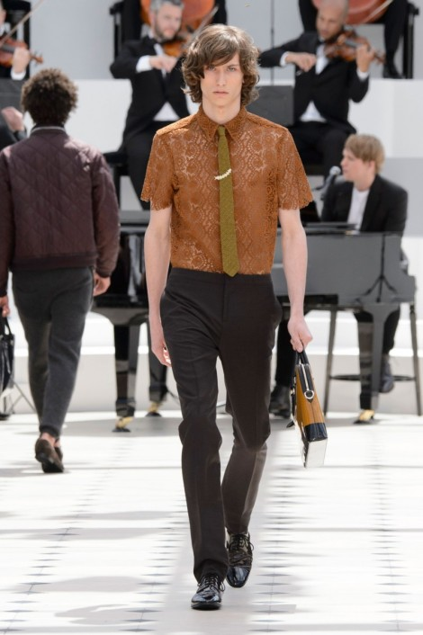 Burberry-Prorsum-Spring-Summer-2016-London-Collections-Men-013-800x1203