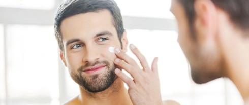 1428428445_moisturizer-men-skin-care-780x330